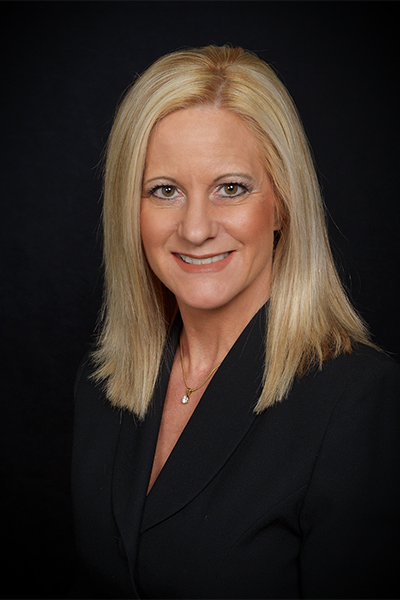 Photo of Kristin Dahl of Homes Mortgage