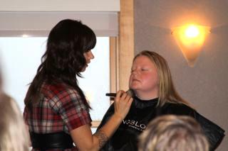 Beth Makeup
