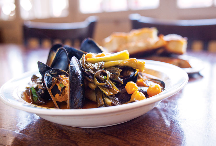 grand cafe, braised mussels, food, restaurants revisited