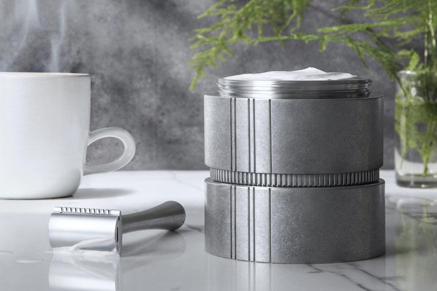 Honour Essentials skincare pod and resuable aluminum container.