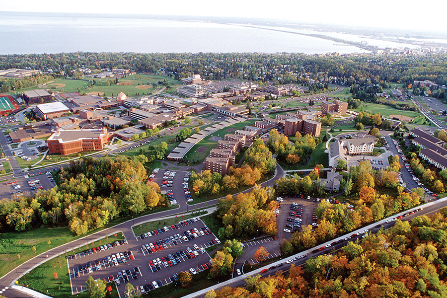 An aerial shot of the University of Minnesota Duluth campus.