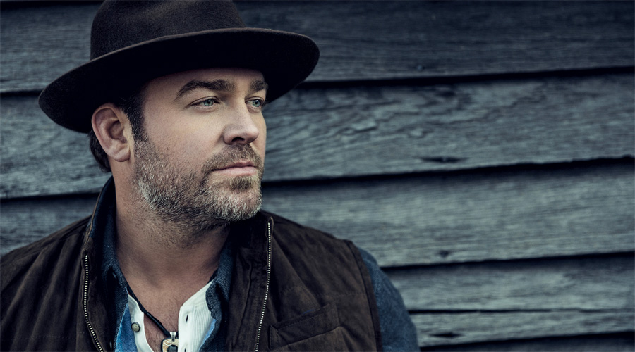 A portrait of Lee Brice.
