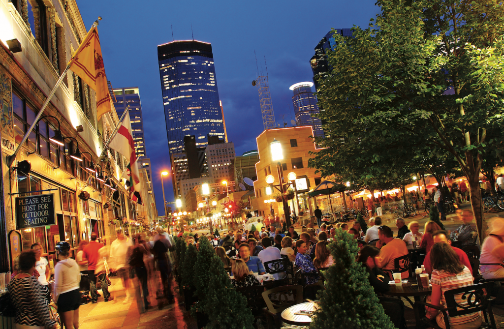 Eat Outdoors At These 16 Twin Cities
