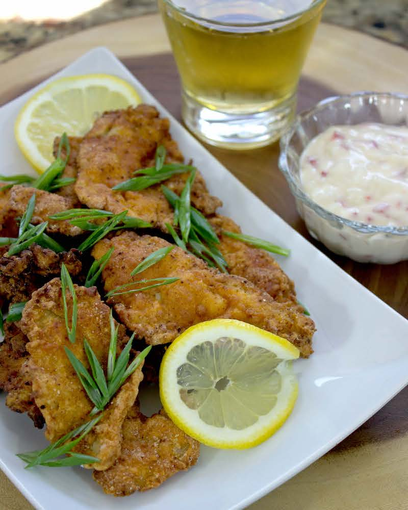Sunfish fillets with sauce