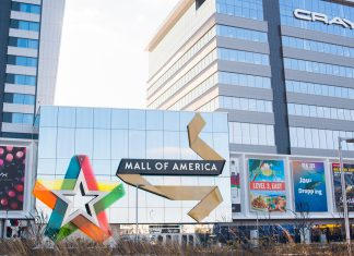 Mall of America is closed Thanksgiving but offers giveaways on Black Friday weekend