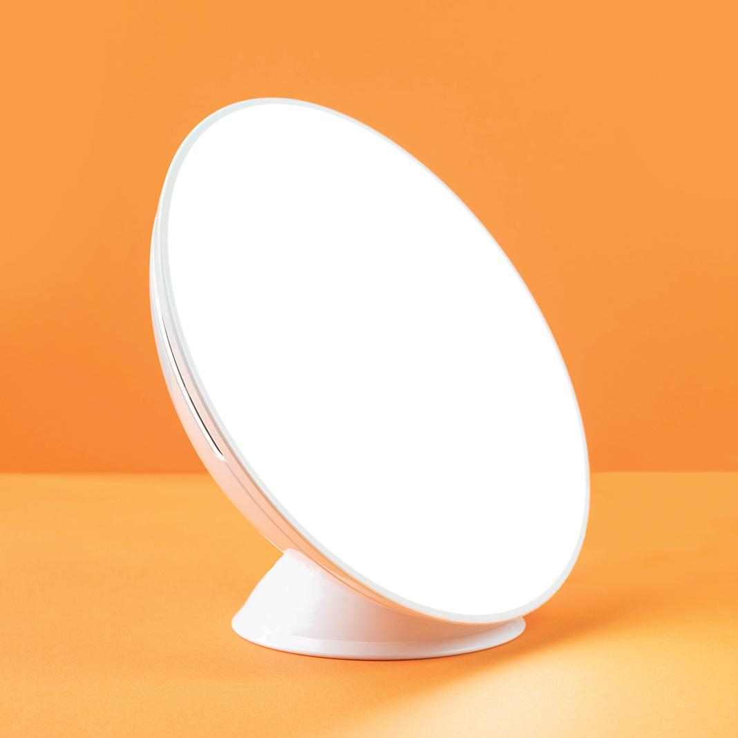 Circadian Optics' Lampu