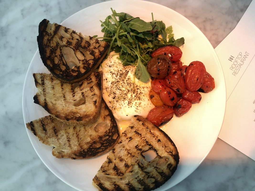 Burrata with tomatoes and sourdough toasts