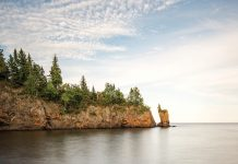 """The Tettegouche """"Sea Stack"""" in its picturesque heyday"""