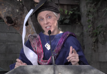 Maria Bamford's speech is worth for anyone struggling with the pandemic
